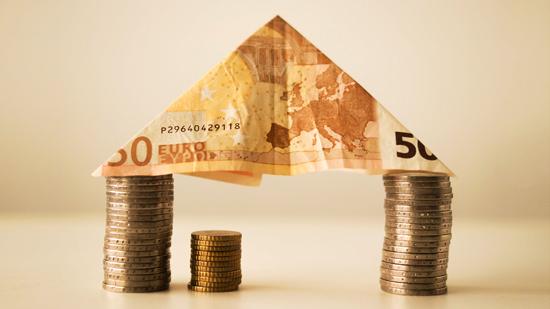 Управитель 2 дома: как мы относимся к финансам, на что тратим и как зарабатываем?